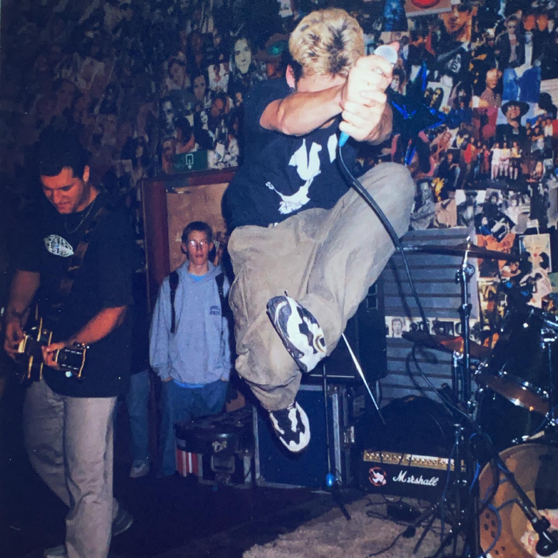 Crivits- Eureka, Zwolle (NL) - 2 October 1998 #straightedge #hardcore #punkrock #gigpic by @twentylandcrew